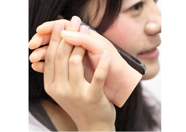 iphone_hand_case-560x559-w782