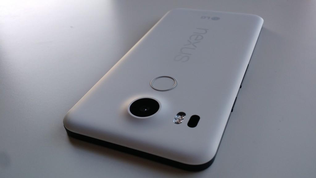 Nexus-5X-back-Novet